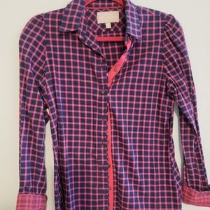 Navy and fuchsia button up - SO CUTE ON